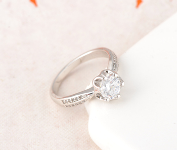 Beagloer Luxury Ring Silver Color Pave Setting Austrian Cubic Zirconia Ring Romantic Wedding Jewelry CRI0134-B